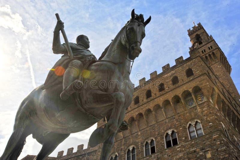 Statua equestre di Cosimo de Medici Firenze, Italia immagini stock libere da diritti