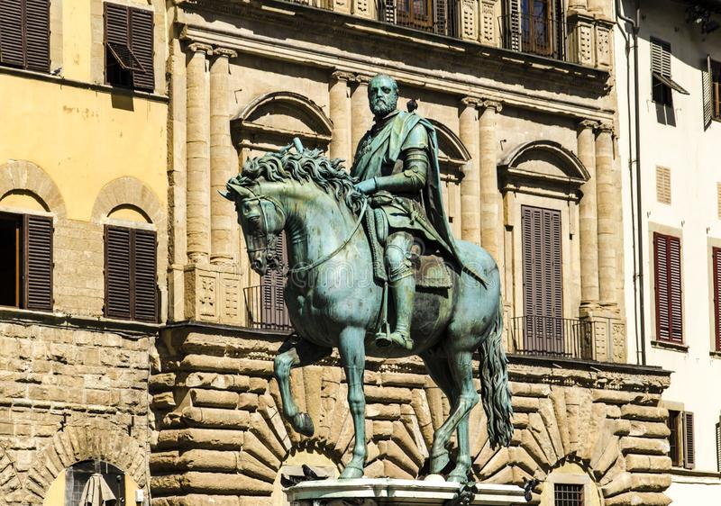 Statua equestre di Cosimo in Florence. Statua equestre di Cosimo at Piazza della Signoria in Florence, Italy royalty free stock photos