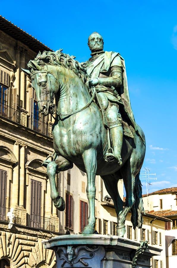 Statua-equestre di Cosimo in Florenz stockfoto