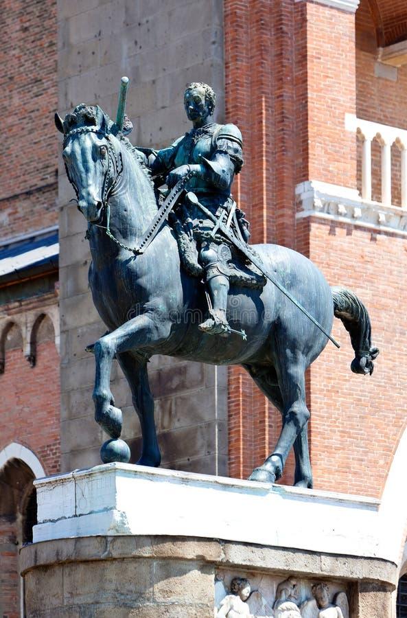 Statua equestre Gattamelata Donatello, Padova, Italia fotografia stock libera da diritti