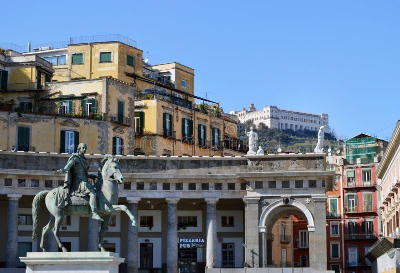 Statua Ferdinand Ja w piazza Del Plebiscito, Naples obraz royalty free