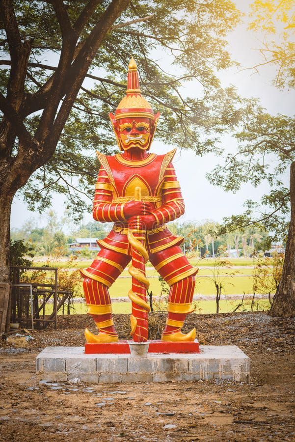 Statua gigante rossa fotografie stock libere da diritti