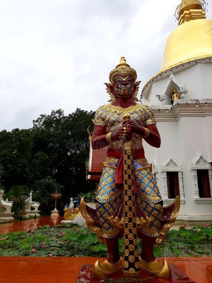 Statua gigante tailandese immagine stock
