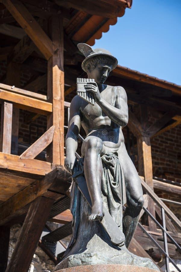 Statua Hermes przy Florian bramą jeden miasto bramy w Krakow Polska obrazy stock