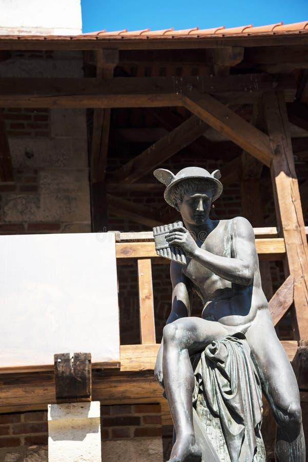 Statua Hermes przy Florian bramą jeden miasto bramy w Krakow Polska zdjęcia royalty free