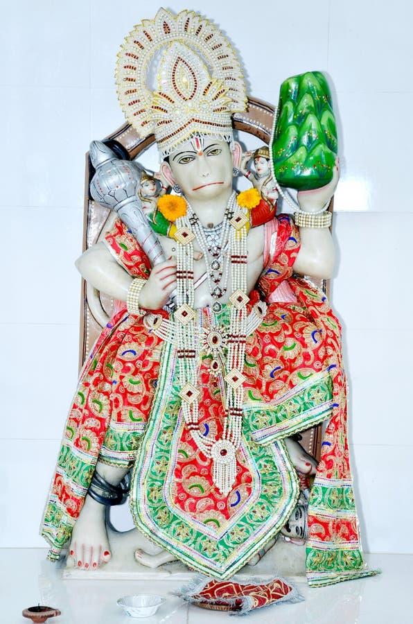 Statua Hinduski bóg Hanuman przy świątynią obrazy royalty free
