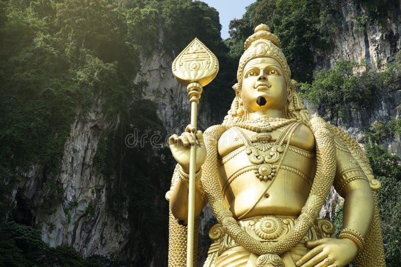 Statua hinduski bóg Muragan przy Batu zawala się fotografia stock