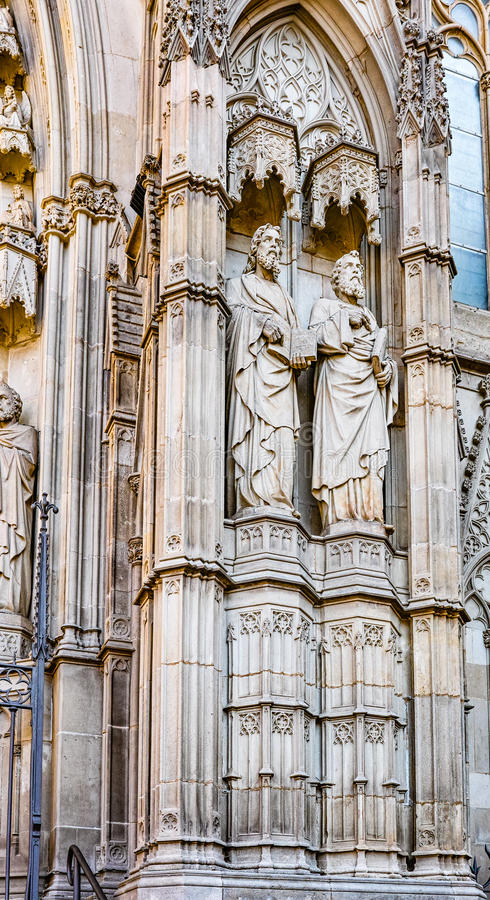 Statua katedra Santa Eulalia Barcelona obrazy stock