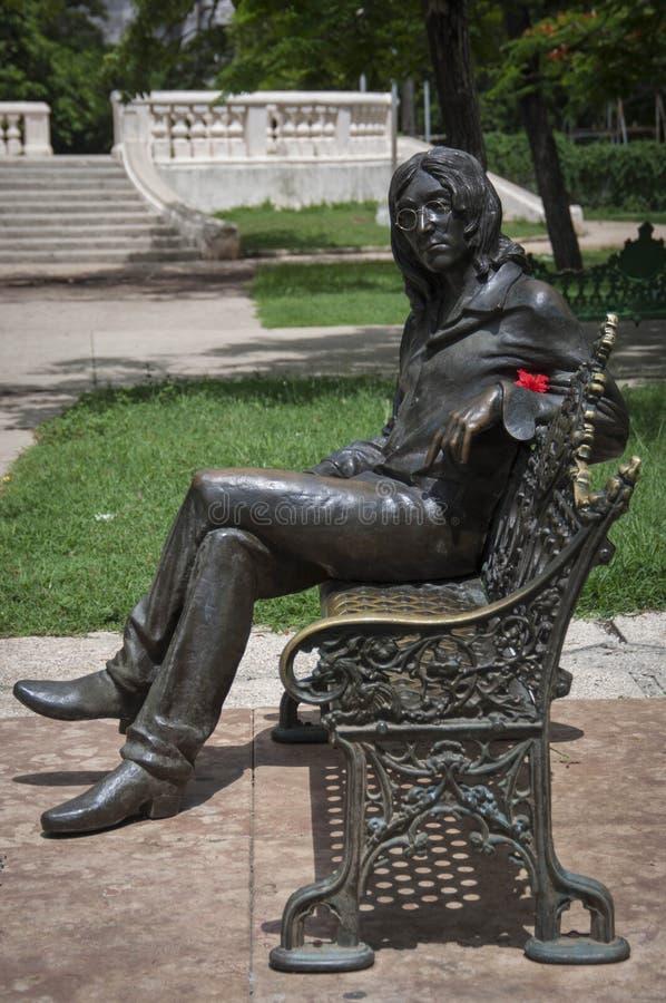 Statua Lennon w Parque Lennon zdjęcia stock