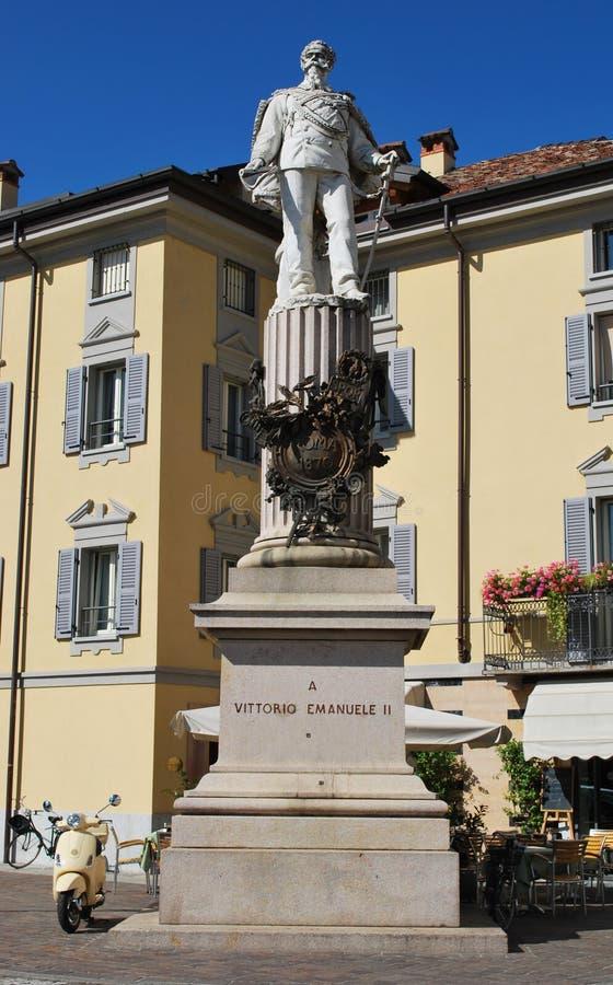 Statua in Lodi, Italia di Vittorio Emanuele II fotografia stock