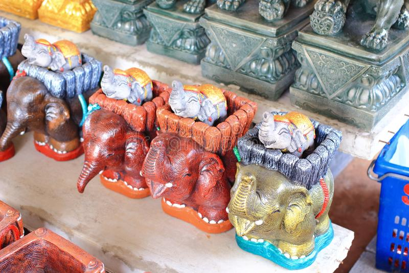 Statua metallica dell'elefante fotografie stock libere da diritti
