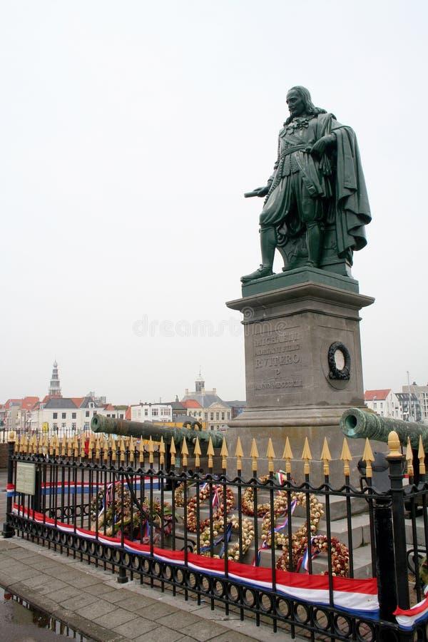 Statua Michiel Adriaenszoon De Ruyter na bulwarze De Ruiter zdjęcie stock