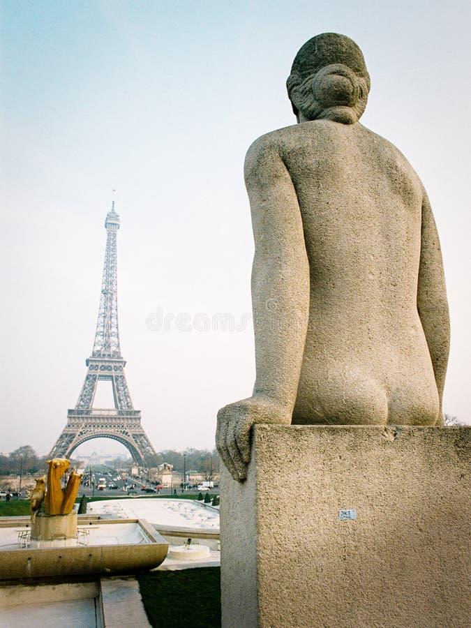 Statua naga kobieta w Jardins Du trocadéro, Paryż obrazy royalty free