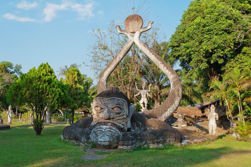 Statua nella sosta di Buddha. Vientiane. Laotiani. fotografia stock libera da diritti