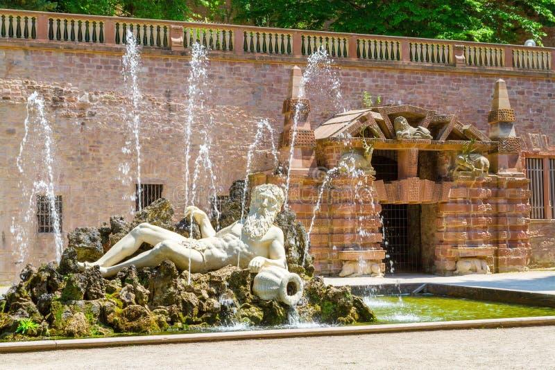 Statua Neptune w Heidelberger kasztelu fotografia royalty free