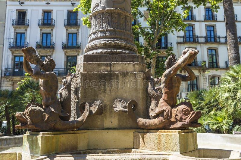 Statua newts bawić się róg, Barcelona zdjęcie royalty free