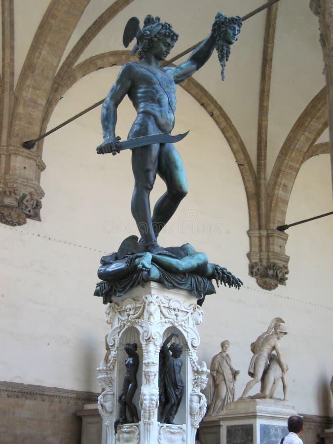 Statua Perseus di Benvenuto Cellini con la testa della medusa fotografie stock