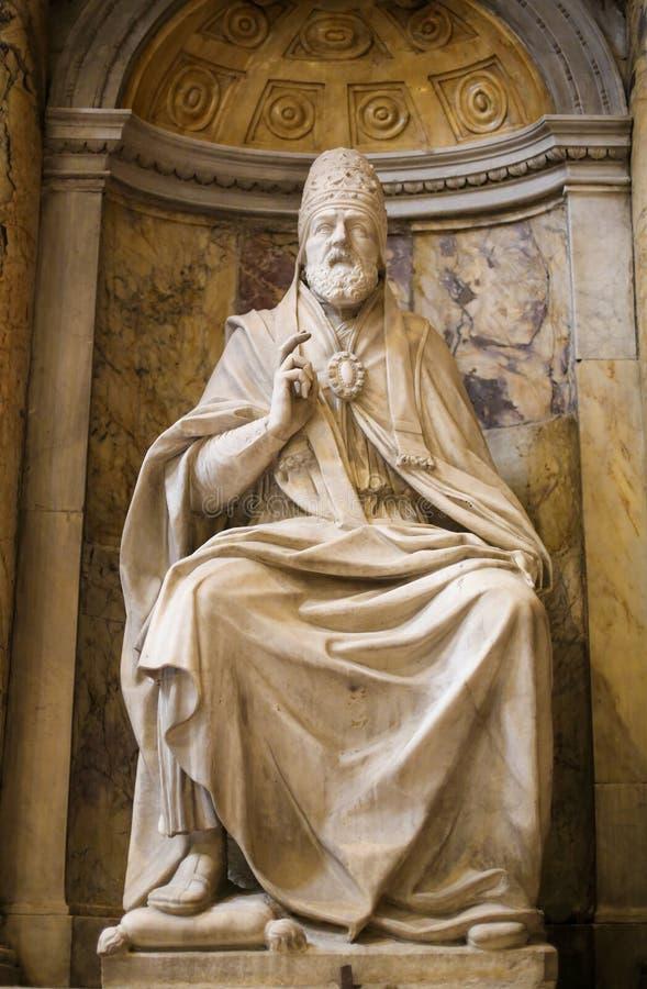 Statua Pope Marcellus II w Siena katedrze, Włochy obrazy royalty free