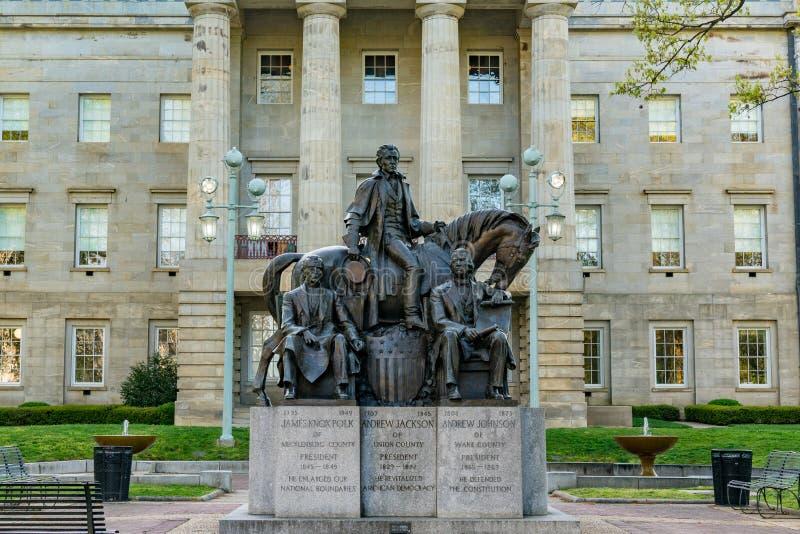 Statua presidenziale a Carolina Capitol Building del nord fotografia stock libera da diritti