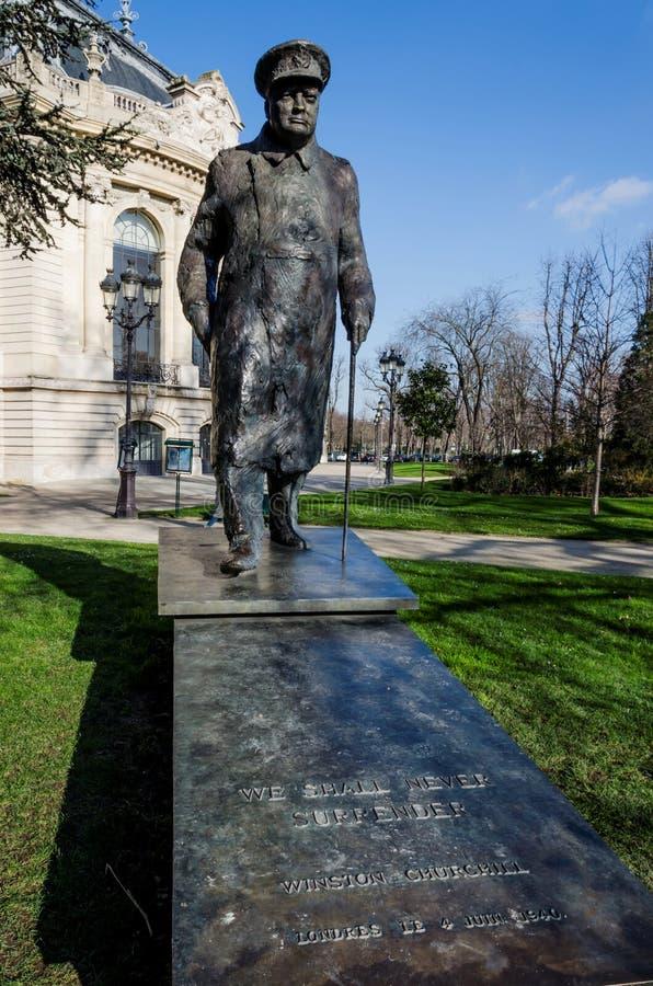 Statua Sir Winston Churchill w Paryż obrazy stock