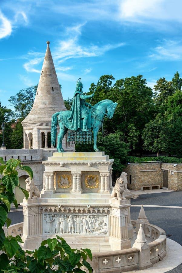 Statua St Stephen w Budapest zdjęcia royalty free