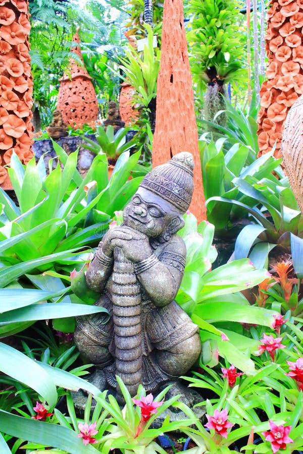 Statua tailandese della scimmia fotografie stock libere da diritti