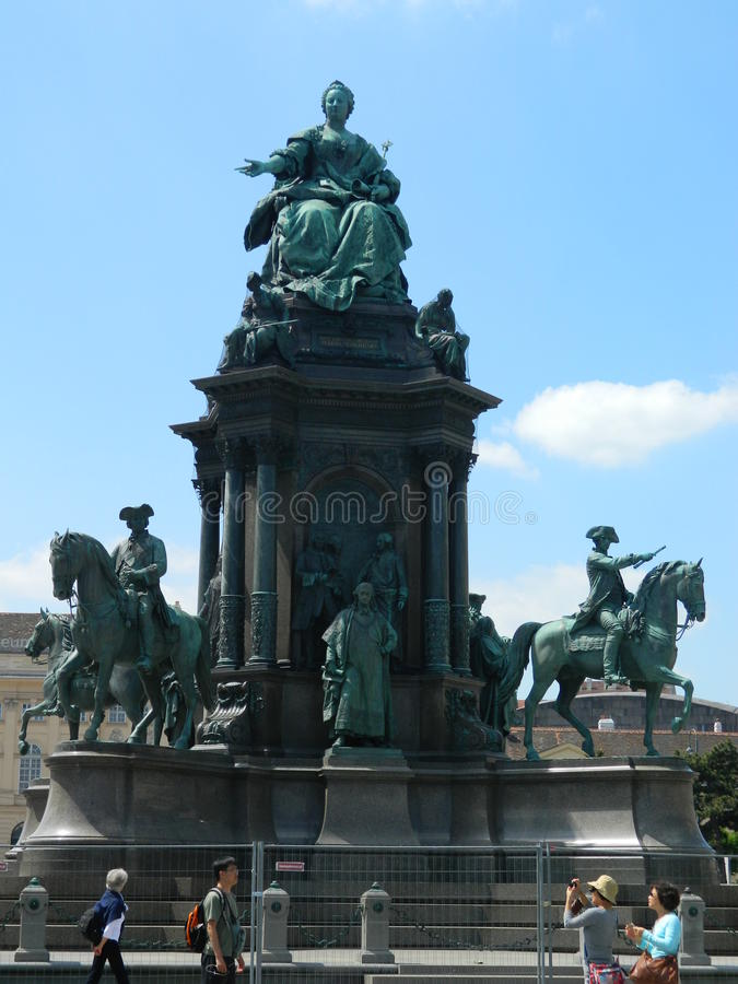 Statua Theresa, Museumsquartier w Wiedeń, Austria obrazy stock