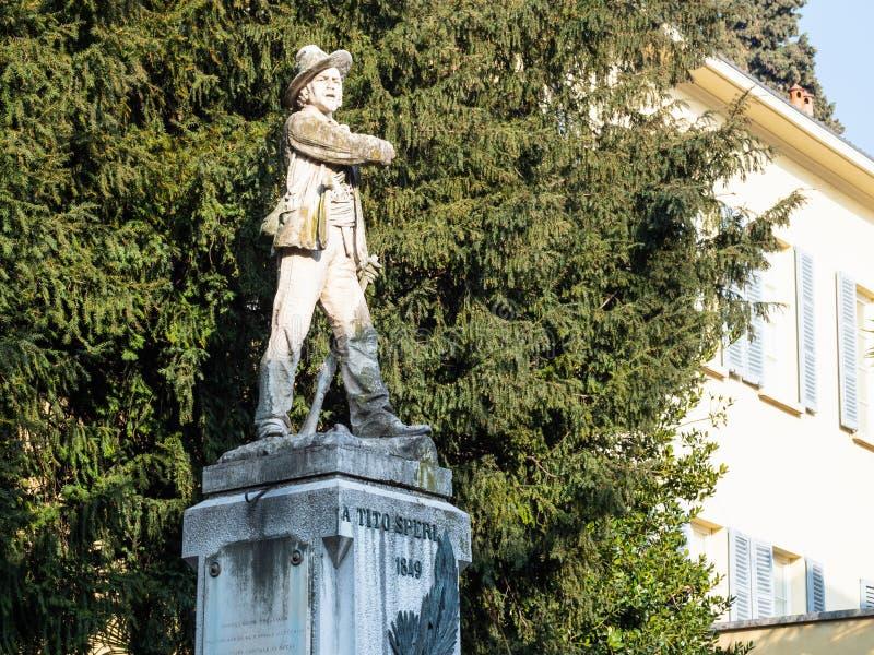 Statua Tito Speri w Brescia mieście obraz stock
