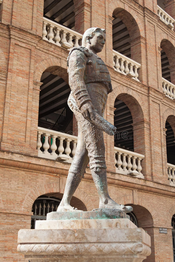 Statua toreador Manolo Montoliu, Plac De Toros, Walencja zdjęcie royalty free