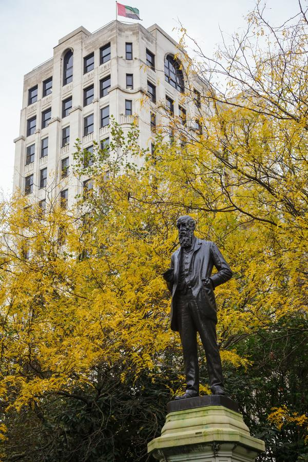 Statua Wilfrid Lawson w Wiktoria bulwaru ogródach Londyn U obraz stock