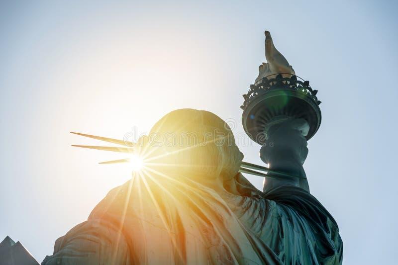 Statua Wolności przy zmierzchem obraz stock