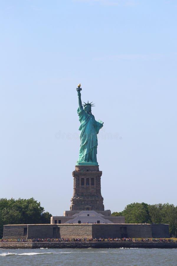 Download Statua Wolności W Nowy Jork Zdjęcie Editorial - Obraz złożonej z niezależność, piękno: 41953596