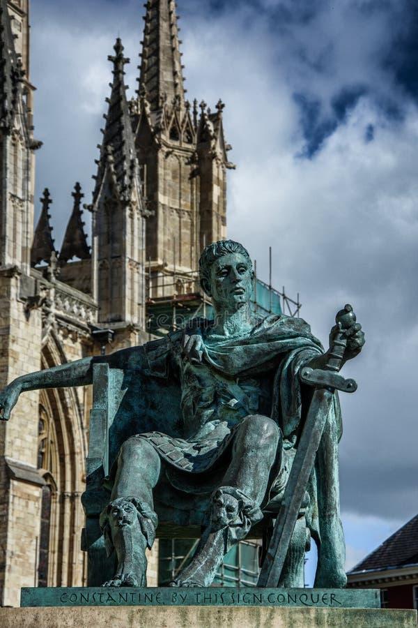 Statua a York, Yorkshire, Inghilterra il Regno Unito immagine stock libera da diritti