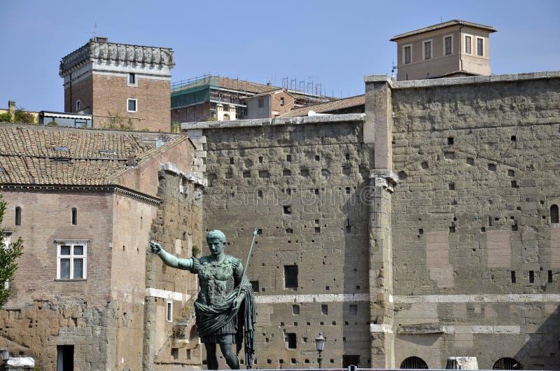Statuary Trajan royaltyfri bild