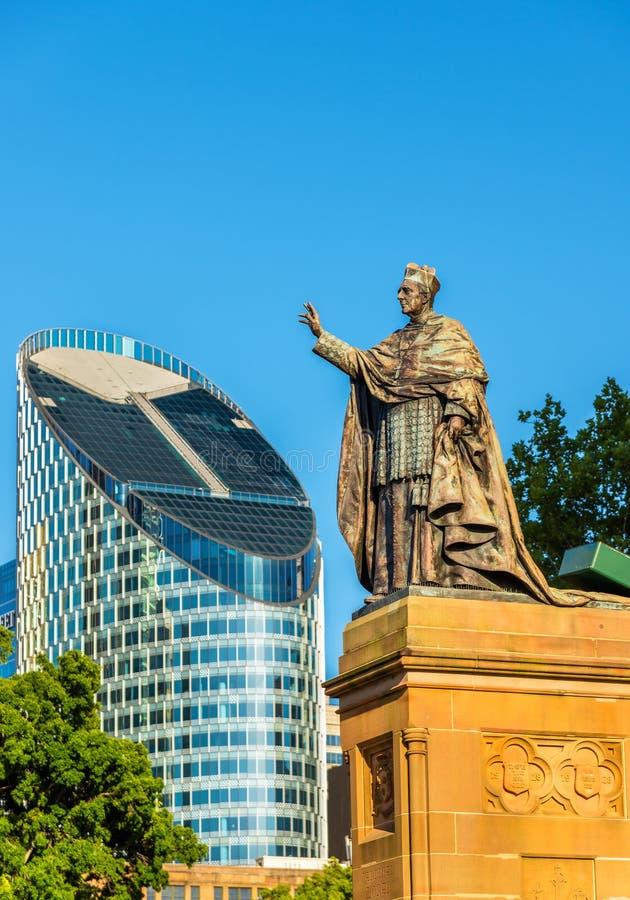 Statue à St Mary Cathedral à Sydney - Australie photographie stock