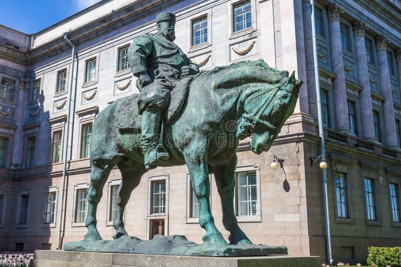 Download Statue équestre à L'empereur Alexandre III, St Petersburg Photo stock - Image du ruler, russe: 58721034
