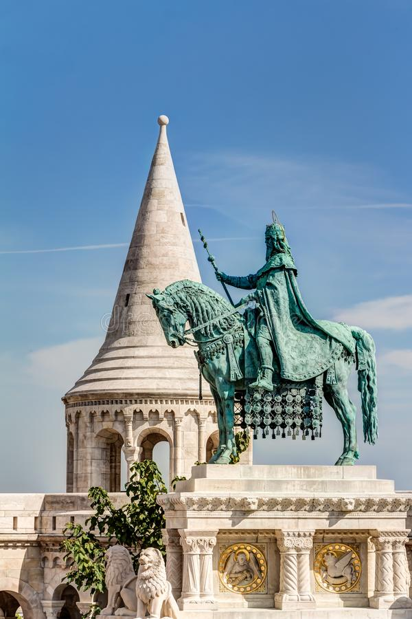 Statue équestre dans Budepest photos libres de droits