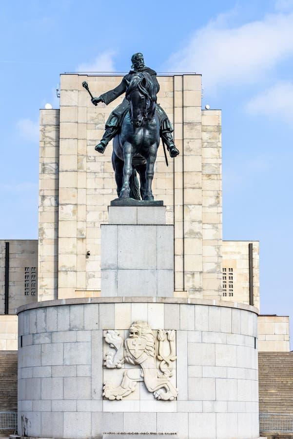 Statue équestre de Jan Zizka près de mémorial de Vitkov photo stock