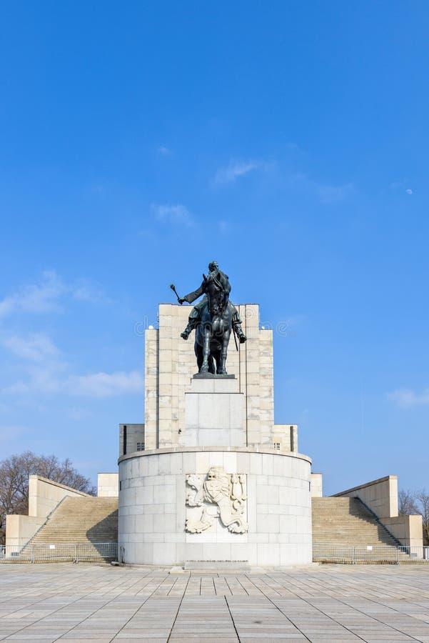 Statue équestre de Jan Zizka près de mémorial de Vitkov photographie stock libre de droits