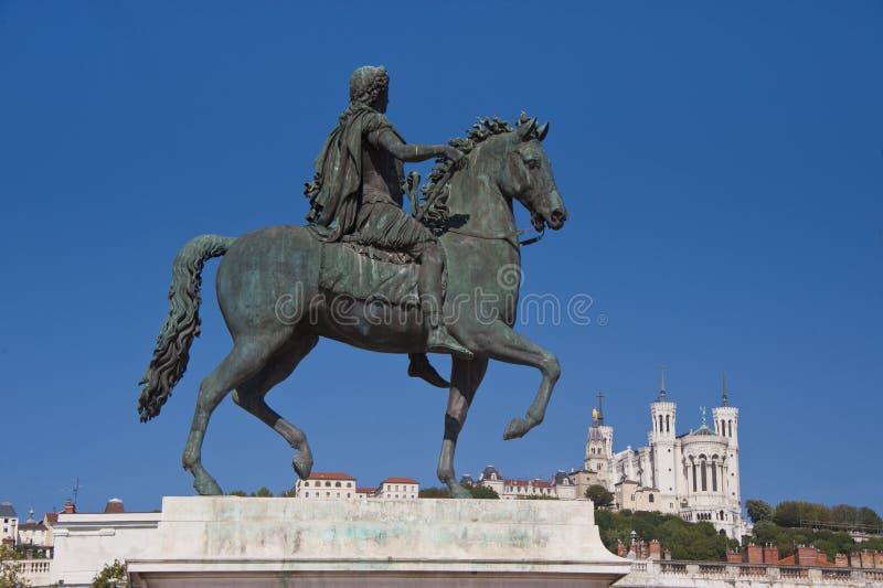 Statue équestre de louis xiv au bellecour de place photos libres de droits