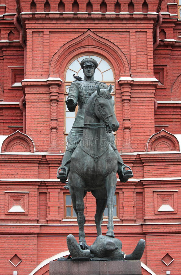 Statue équestre de maréchal Zhukov photographie stock libre de droits