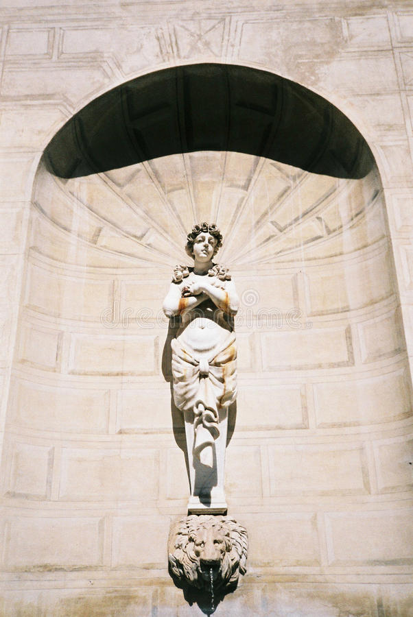statue images stock