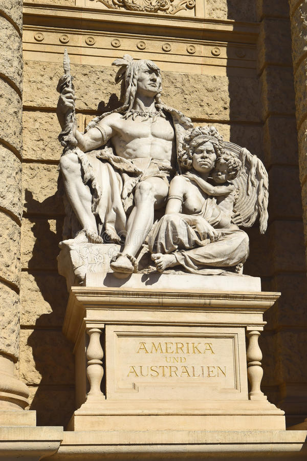 Statue of America and Australia, Natural History Museum in Vienna stock photography