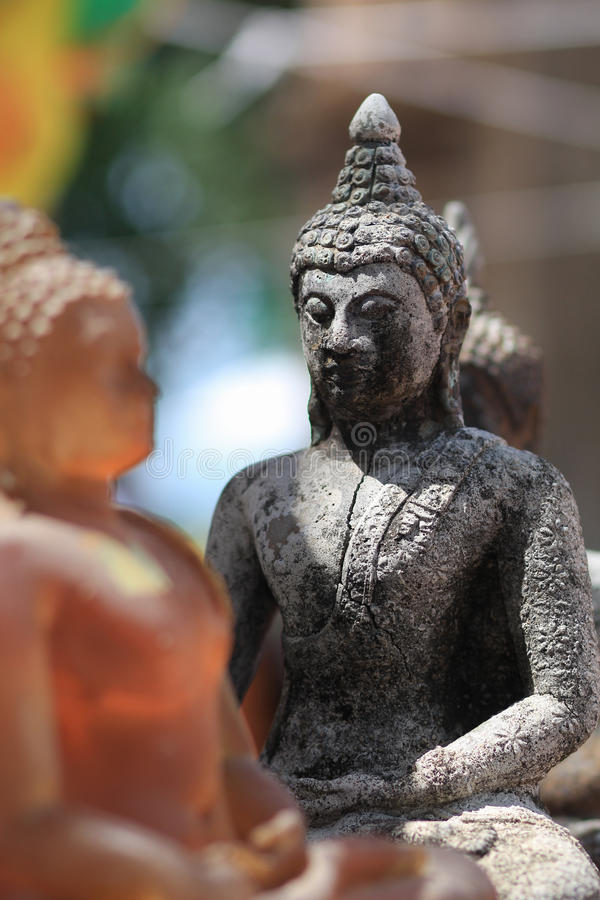 Statue antiche di Buddha in Nakhonsawan Tailandia fotografia stock libera da diritti