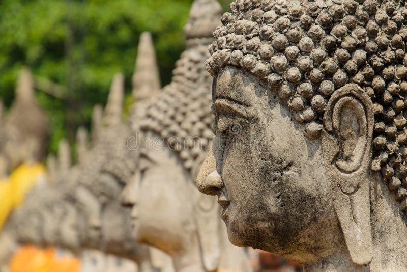 Statue antique de Bouddha à Ayutthaya photographie stock