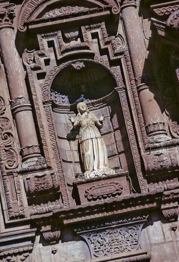 Statue auf Kirche Peru lizenzfreies stockfoto