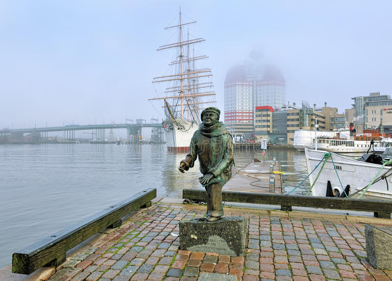 Statue of the author, composer and singer Evert Taube in Gothenburg royalty free stock photography