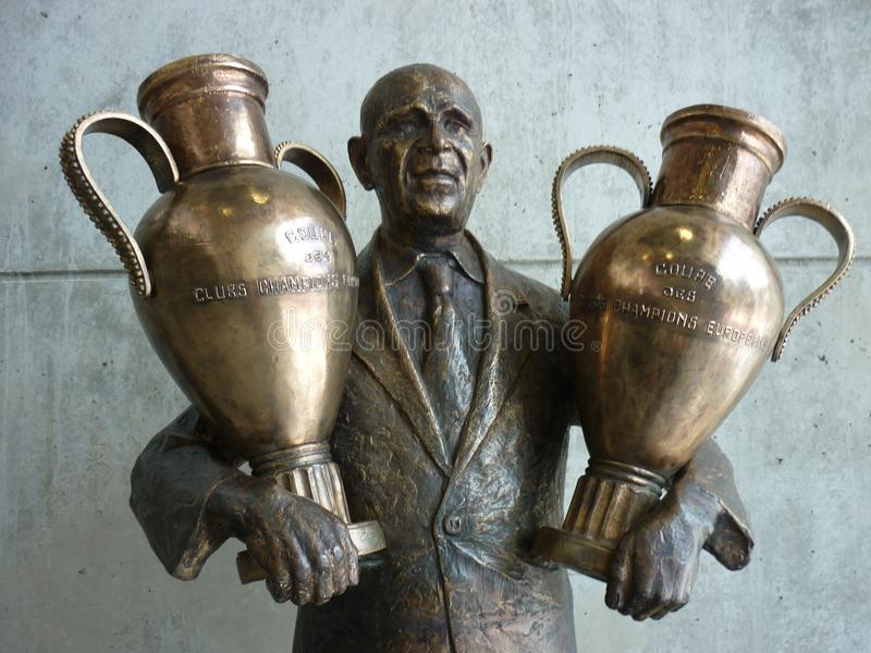 Statue Benfica Lisbonne Estadio de Luz de Béla Guttmann photo stock