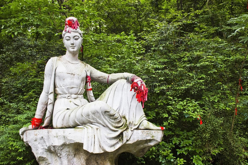 Statue bouddhiste femelle photographie stock