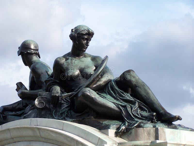 Download Statue Bronze immagine stock. Immagine di festa, victoria - 205471
